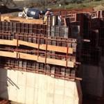 Muro de contenção, obra realizada para Intercement, extensão 120 metros